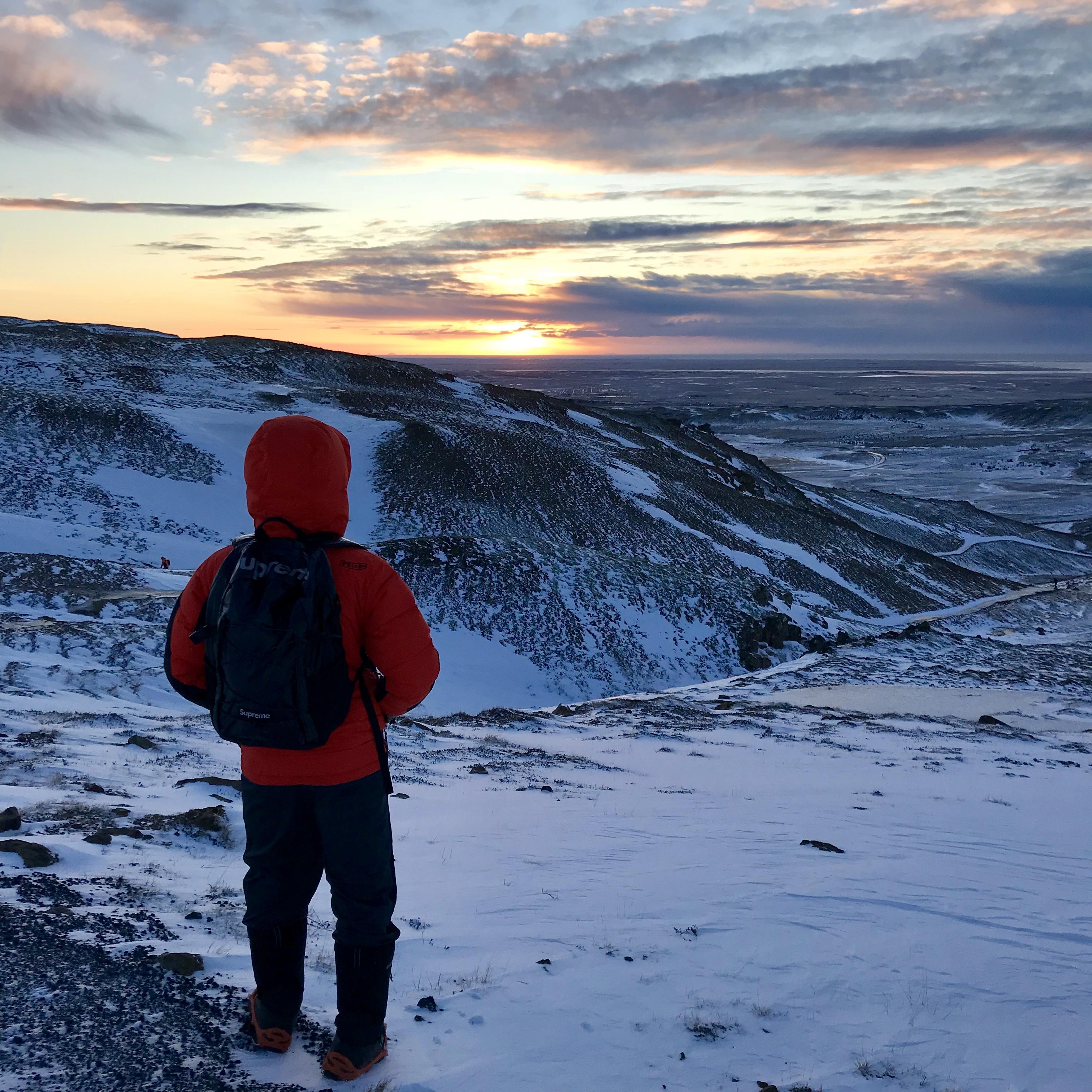Long views, continuous dawn.